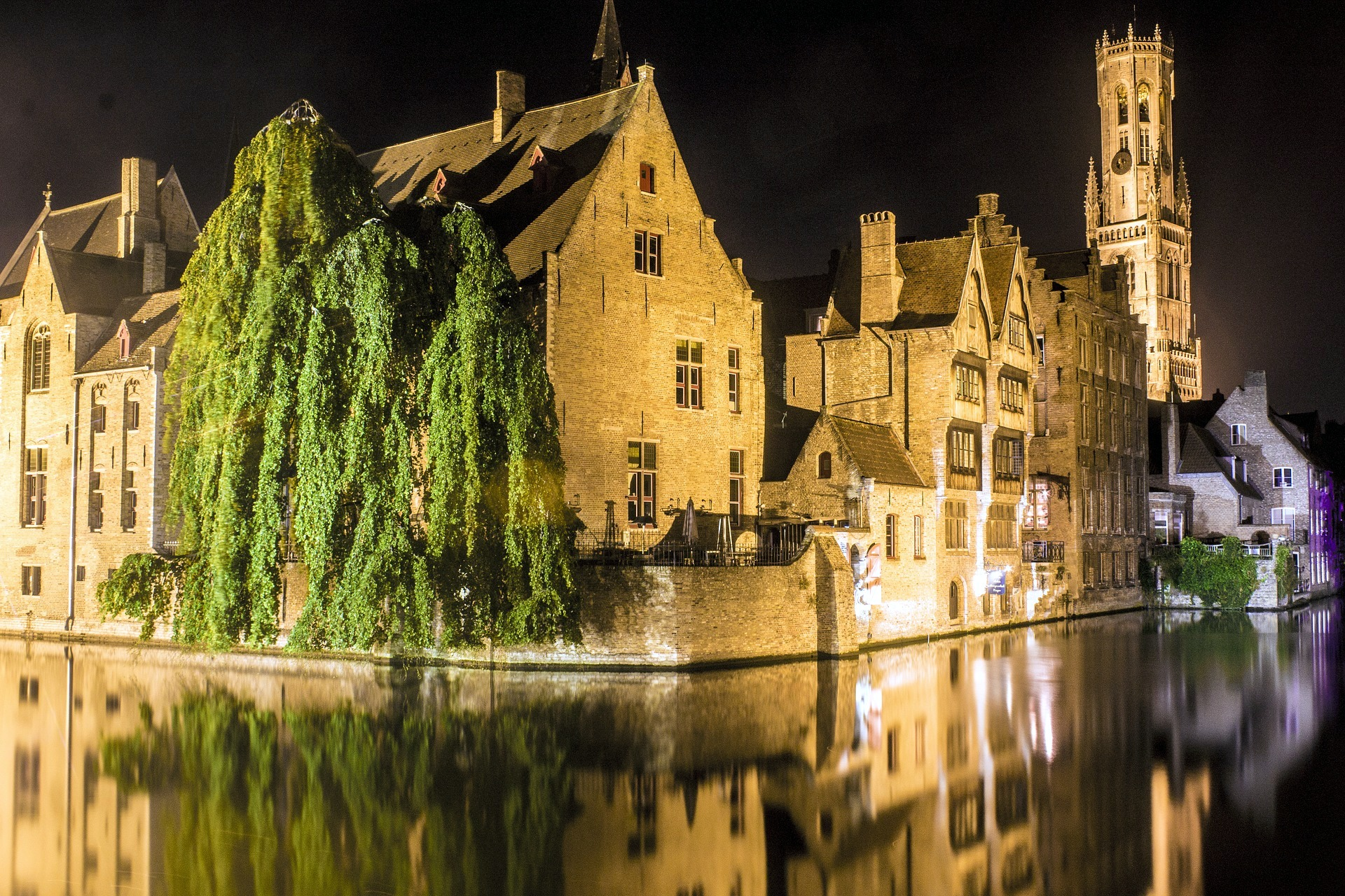 "Bruges at night escorted motorhome tour ""Belgian Break"""