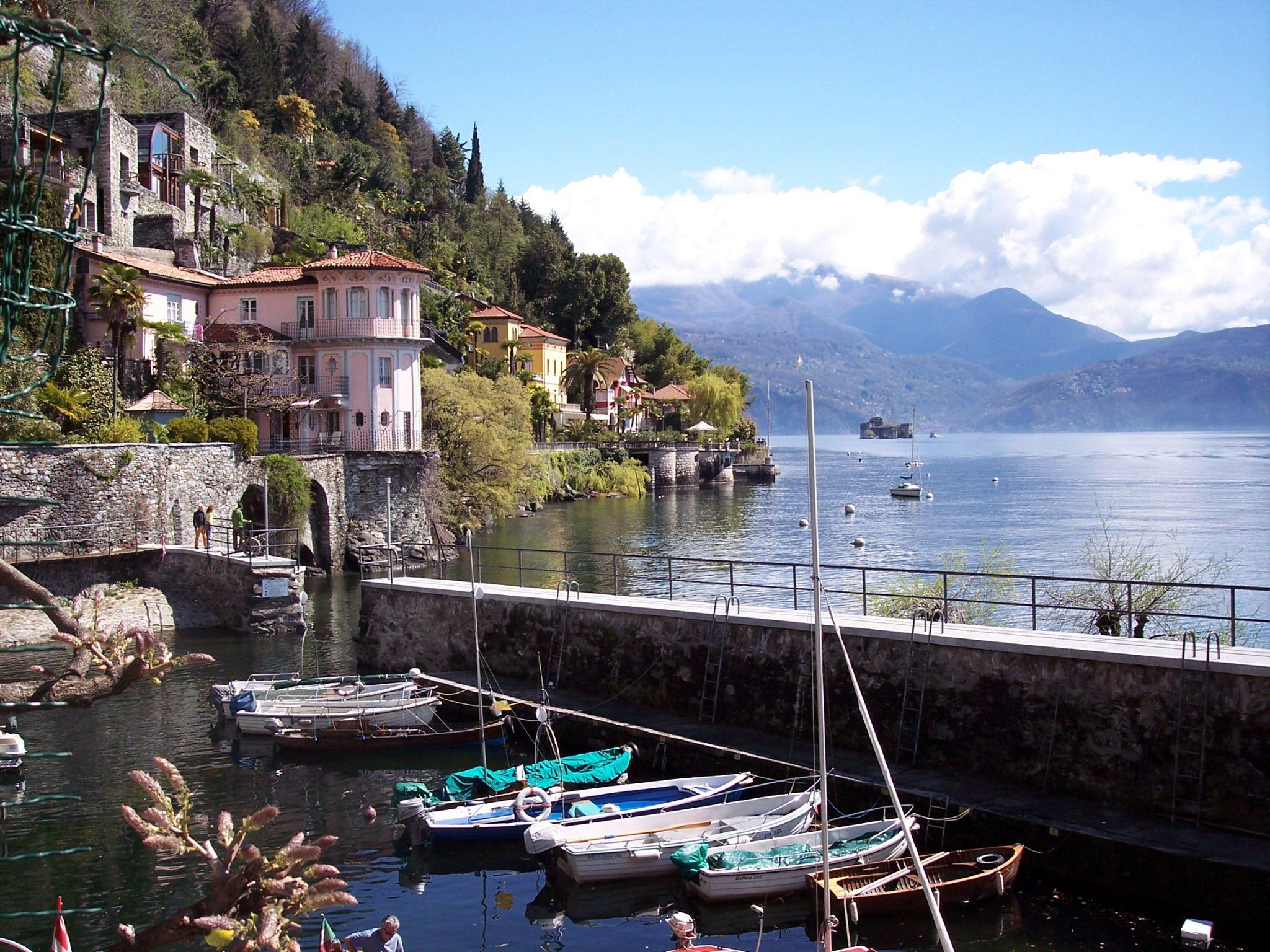 Motorhome tour: Impressive Italian Lakes & Cities Lago Maggiore